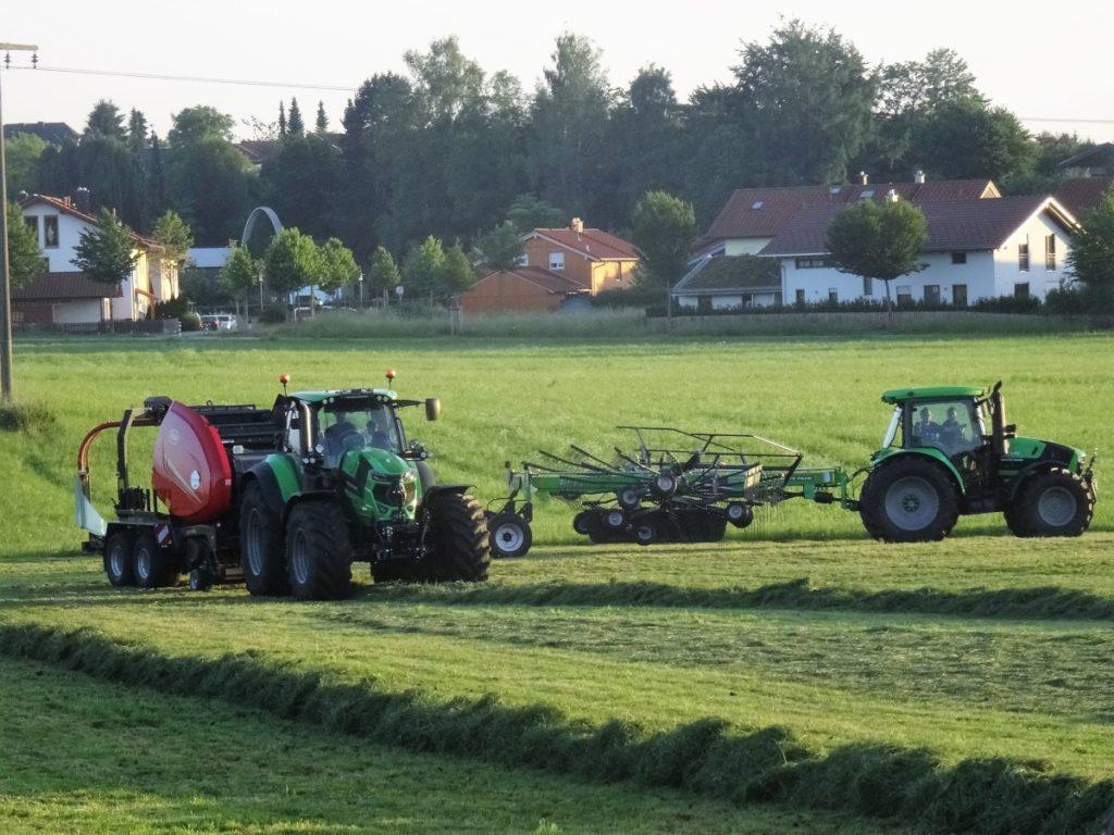 Erfolgreicher Deutz-Fahr und Vicon Feldtag in Traunreut