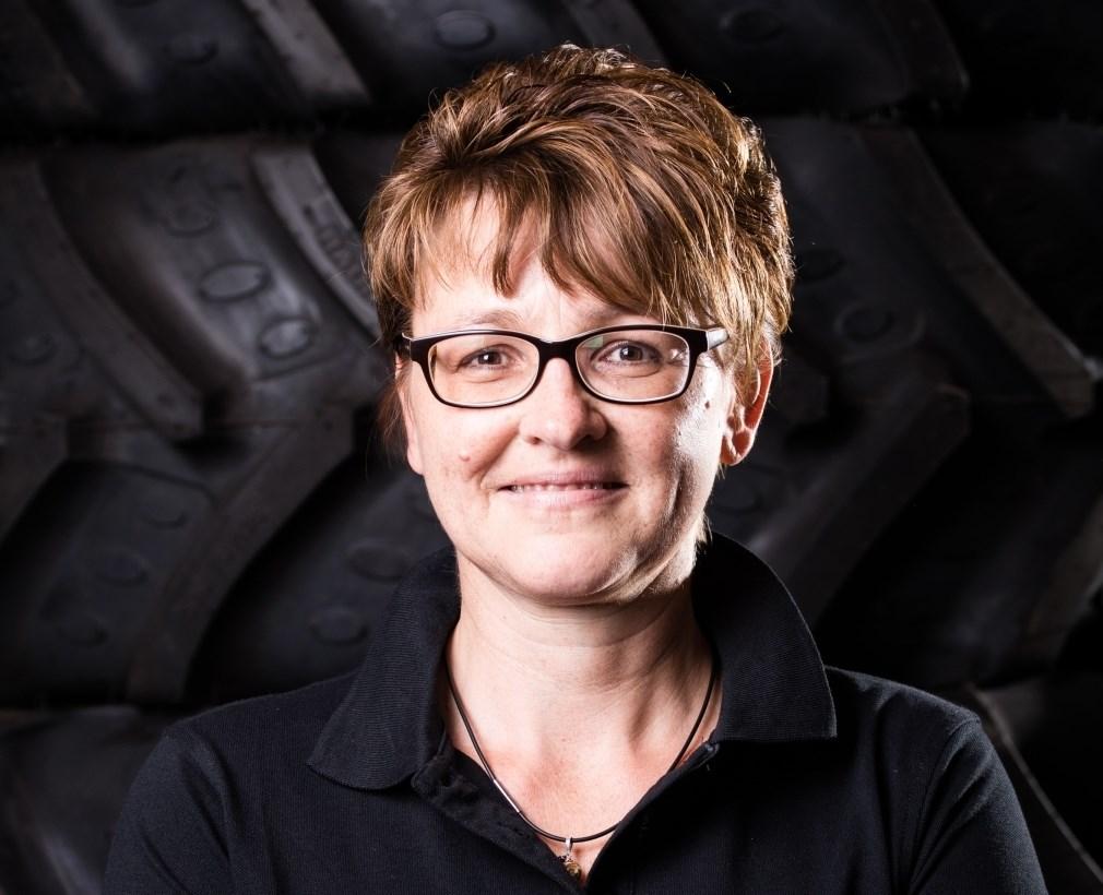 Petra Hansbauer