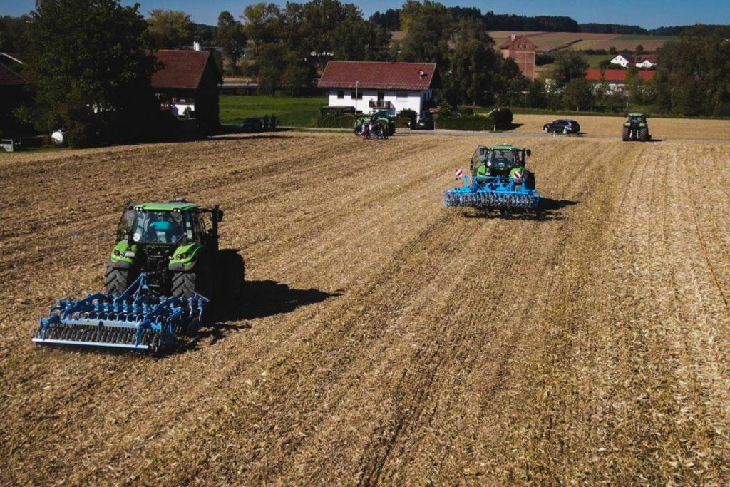 Precision Farming Feldtag mit Geo-konzept